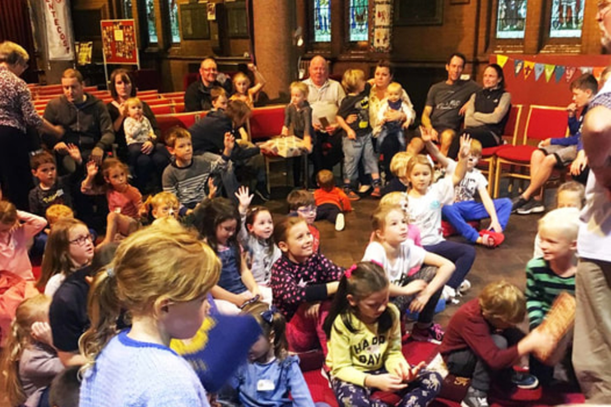 messy-church-harvest-005_1[1]_permission_website.jpg